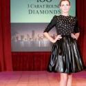 Бриллиантовое платье стоимостью 15 миллионов долларов