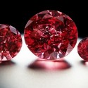 Три редчайших красных бриллианта