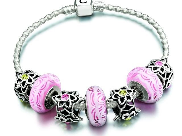 pink-dahlia-twirl-snap-bracelet-640×480