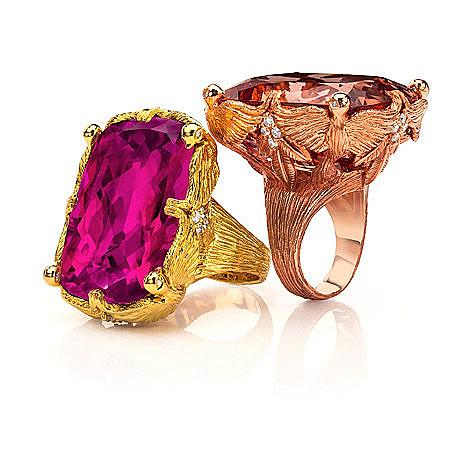 Кольца Love Doves из 18-каратного золота с бриллиантами.