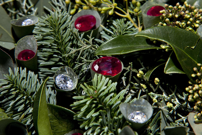 Diamond-Studded-Christmas-wreath-3