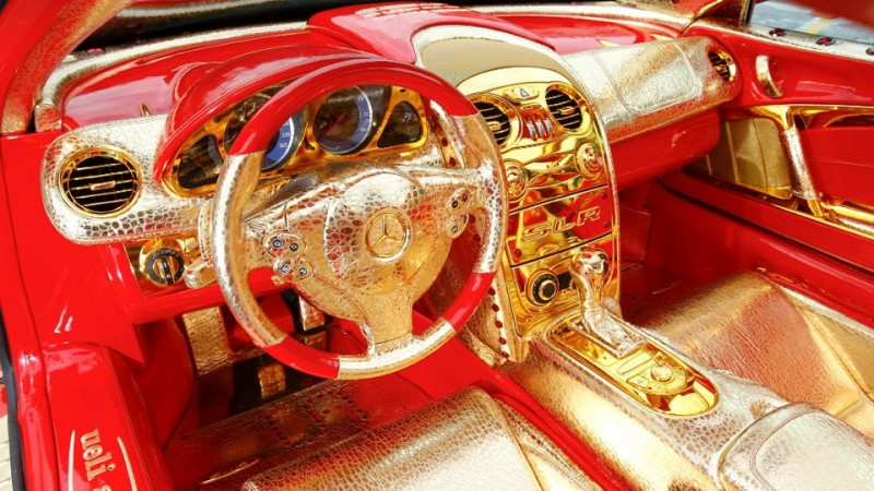 Anliker-Red-Gold-Dream