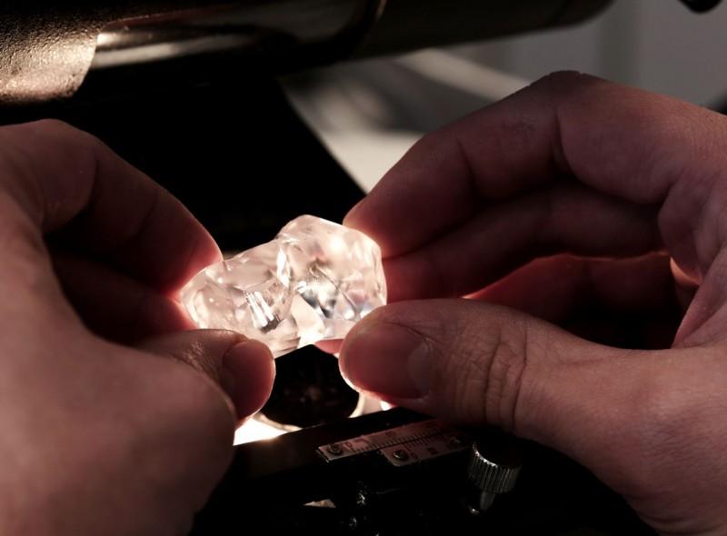 2-big-diamonds