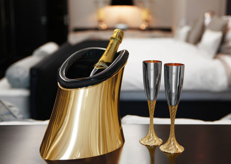 1_aston-martin-bottle-cooler-is-made-from-gold-and-carbon-fiber_8