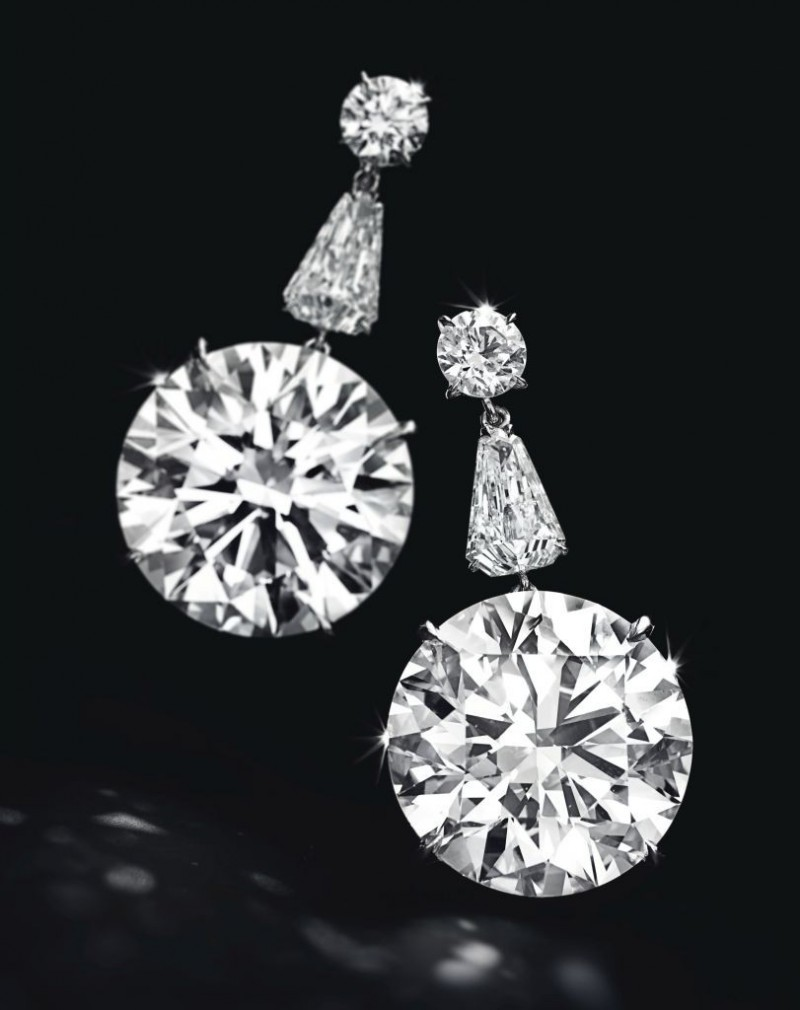 2_diamond ear pendants