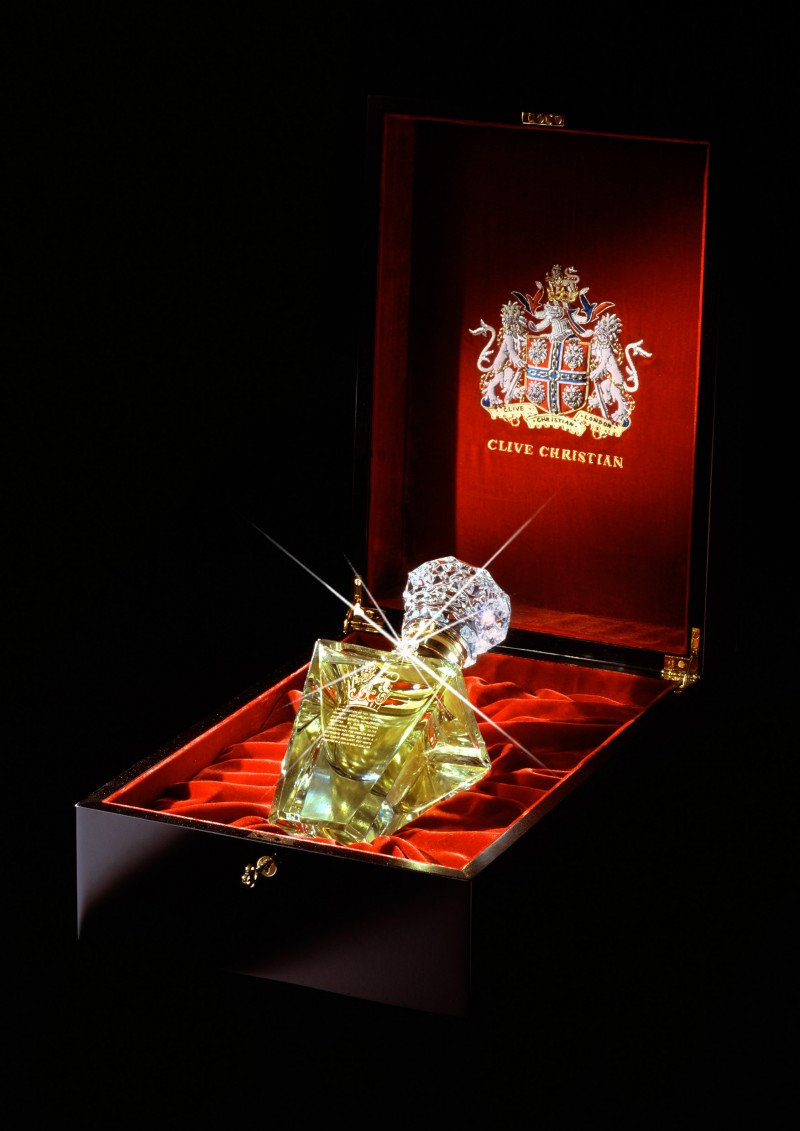 clive-christian-no-1-perfume-imperial-majesty-edition-photo-1