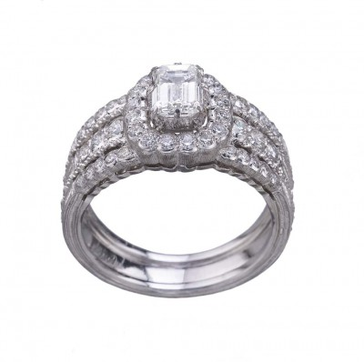 Обручальное кольцо Buccellati из коллекции Romanza с гравировкой «ригато».