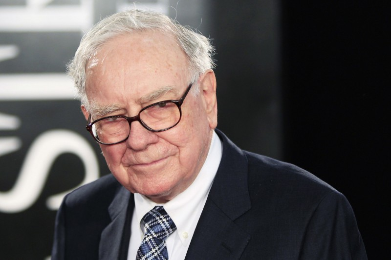 """File photo of Investor Warren Buffet arriving for the premiere of the film """"Wall Street: Money Never Sleeps"""" in New York"""