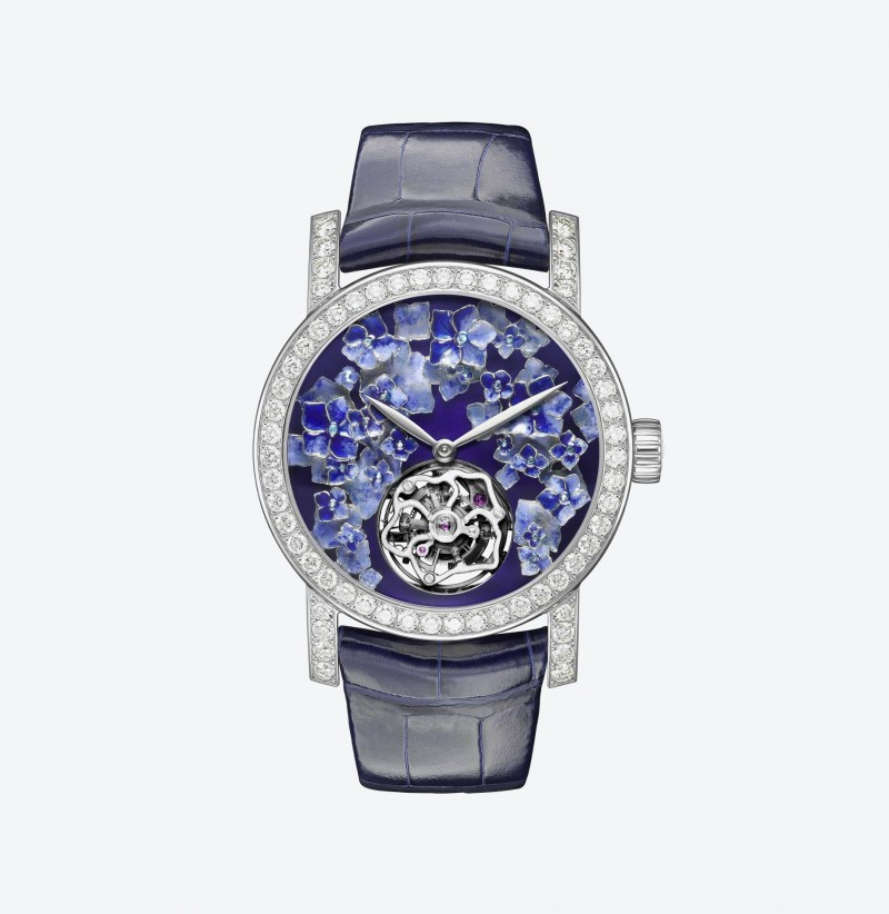 2_chaumet-hortemsia-tourbillon-face-view