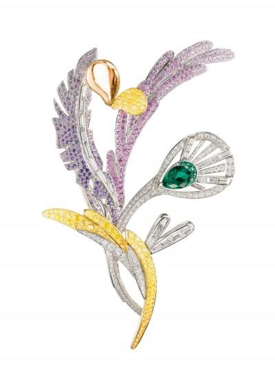 Брошь Bouquet d'Ailes с изумрудами, цветными сапфирами и бриллиантами