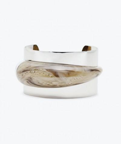 Стальной браслет с ацетатом Safari Glam от Michael Kors.
