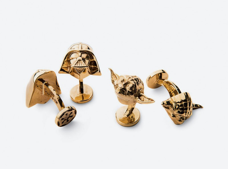 1_gold-darth-vader-and-yoda-cufflinks-1