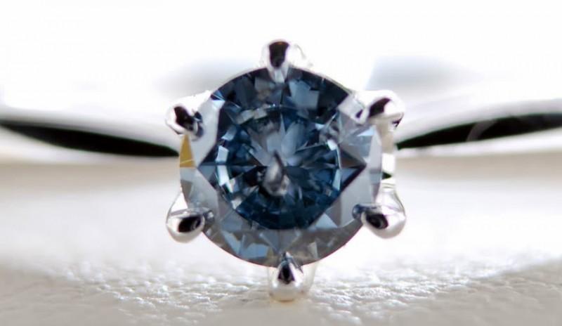 2_design-fetish-dead-ashes-into-diamonds-1