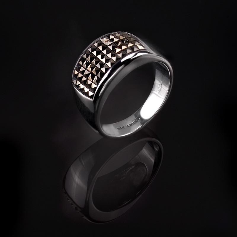 Мужское кольцо из серебра с пятью рядами маленьких камней марказита.
