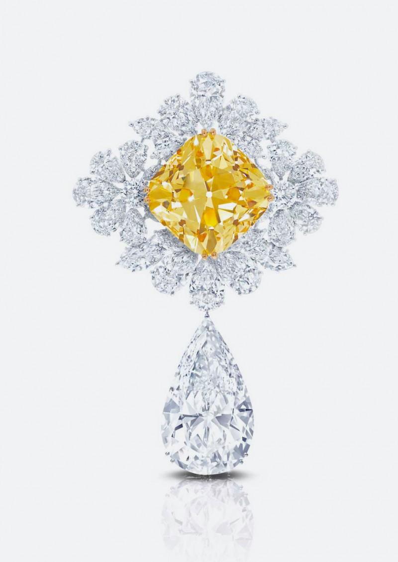 Брошь «Королевская Звезда Парижа»