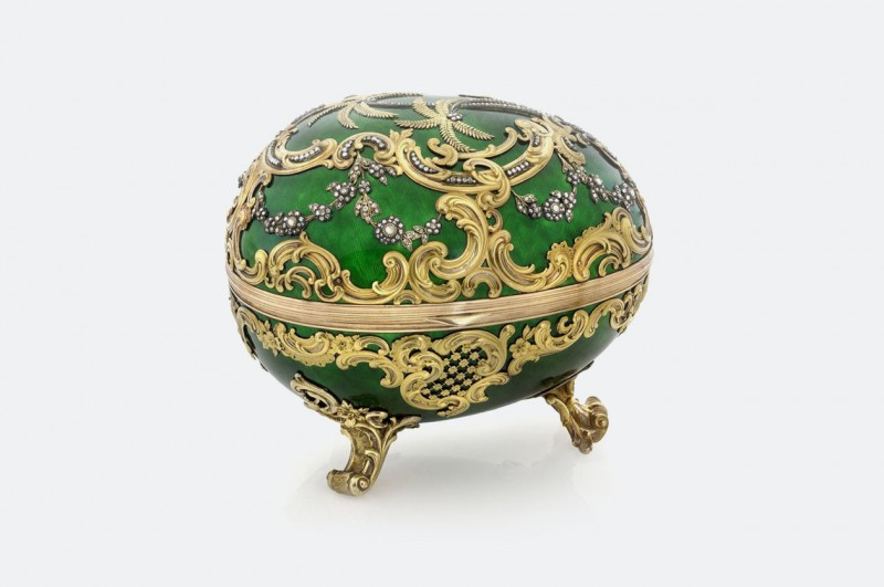 «Рокайльное» яйцо Фаберже (1902 год)