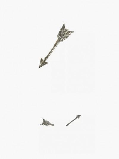 Серьги-стрелы из 10-каратного золота от Erica Weiner