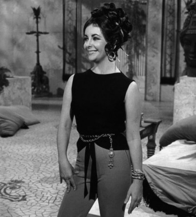 Элизабет Тейлор в часах Bulgari Serpenti, 1962 год