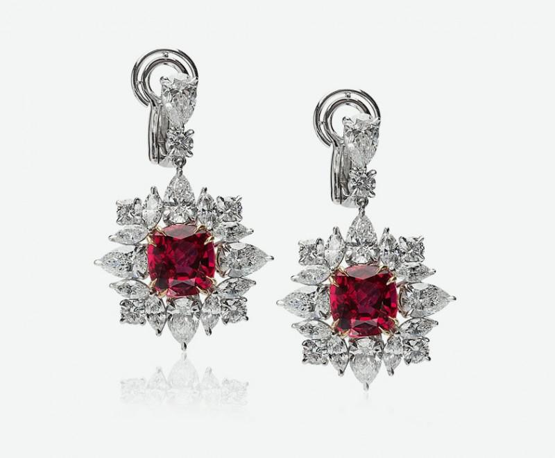 Серьги с бриллиантами и рубинами от Jack Abraham