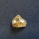 2-каратный жёлтый алмаз найден в парке «Кратер алмазов»