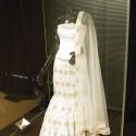 Свадебное платье, усыпанное бриллиантами