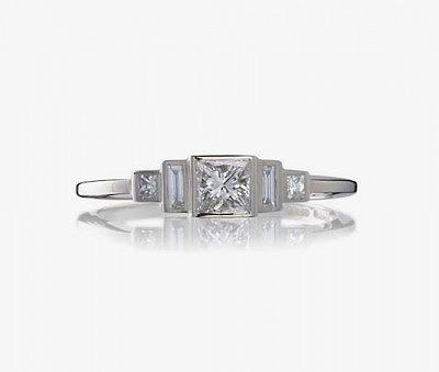 Обручальное кольцо Trilogy в стиле ар-деко от Cred Jewellery