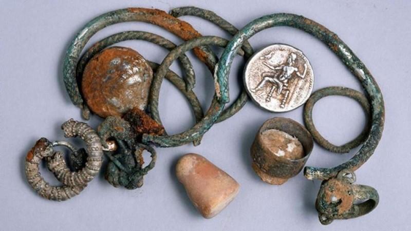 Предметы, обнаруженные в пещере в регионе Галилея.