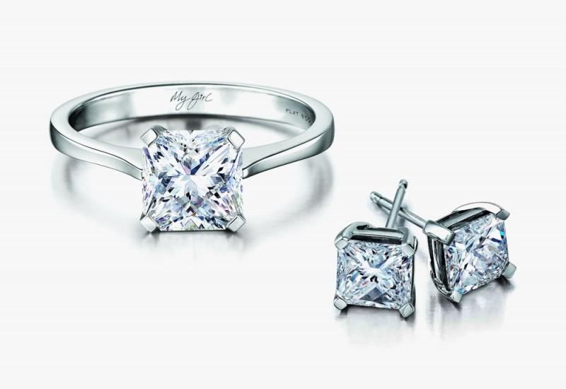 Кольцо и серьги-пусеты с бриллиантами My Girl