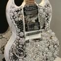 Бриллиантовая гитара за 2 миллиона на Baselworld