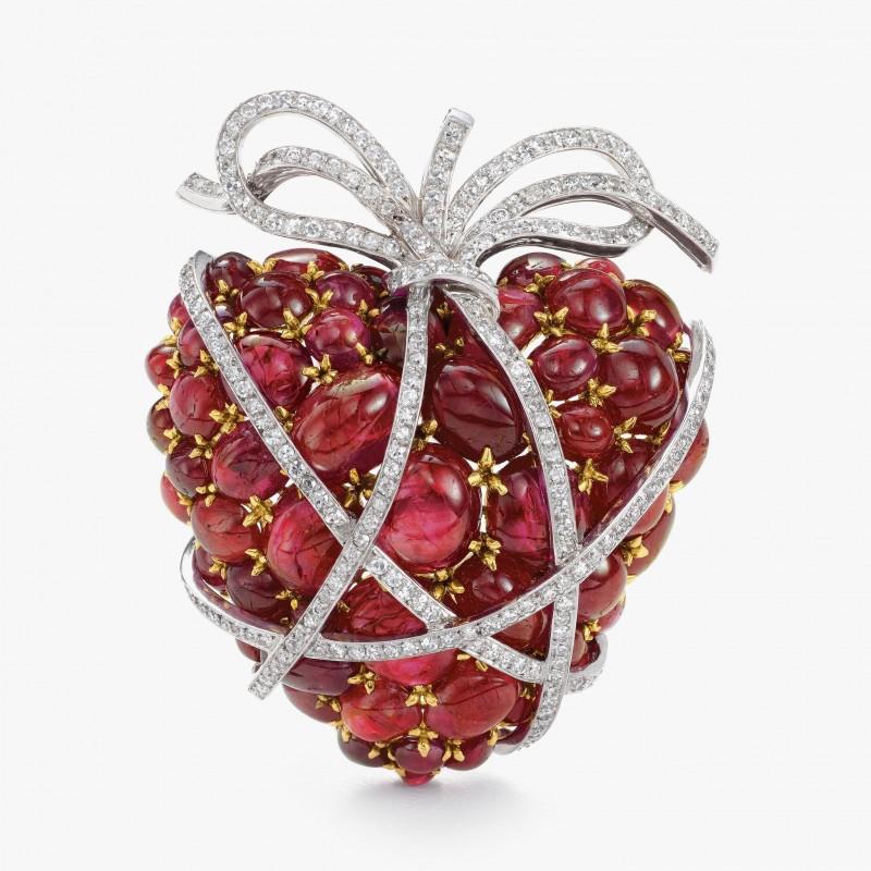 Брошь Wrapped Heart от Verdura