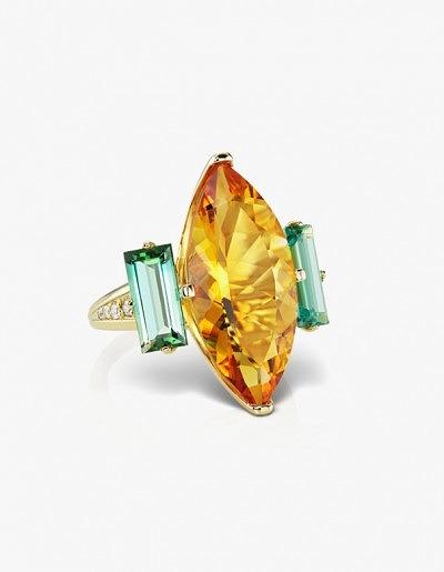 Кольцо Lion Tamer (англ. «Укротитель Львов») в 18-каратном жёлтом золоте с 8,45-каратным цитрином, мятно-зелёными турмалинами и бриллиантами, 6545 долларов