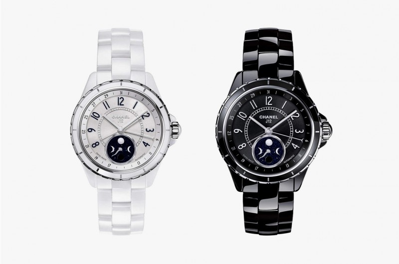 Часы J12 Moonphase White Ceramic и Moonphase Black Ceramic от Chanel