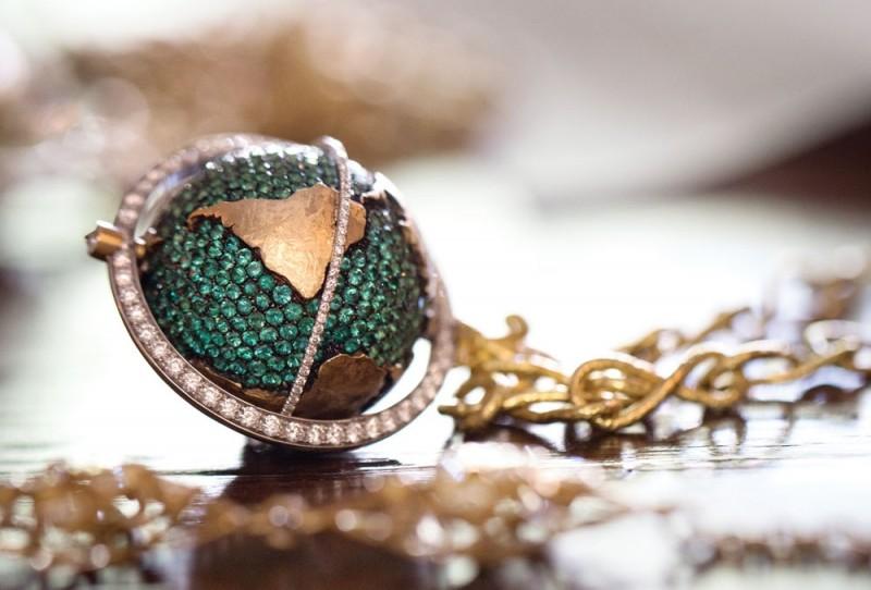 Драгоценный глобус от Лив Баллард