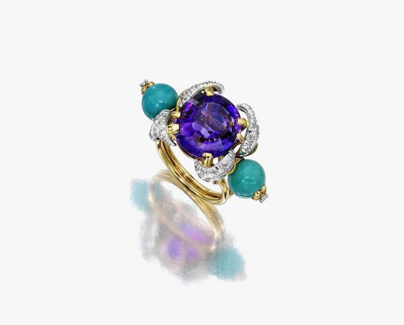 Золотое кольцо с бриллиантами, аметистами и бирюзой от Жана Шлюмберже. Продано за 52 500 долларов