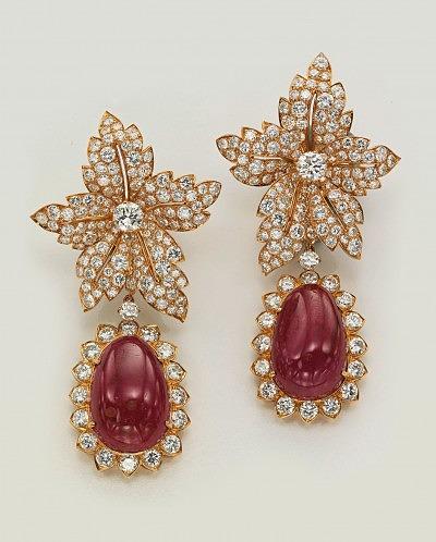 Фото серег Жаклин Кеннеди с рубинами и бриллиантами от Van Cleef & Arpels