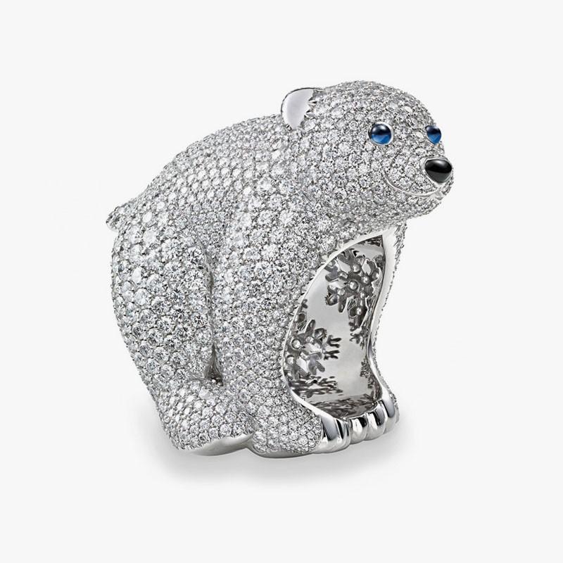 Кольцо с полярным медвежонком от Chopard