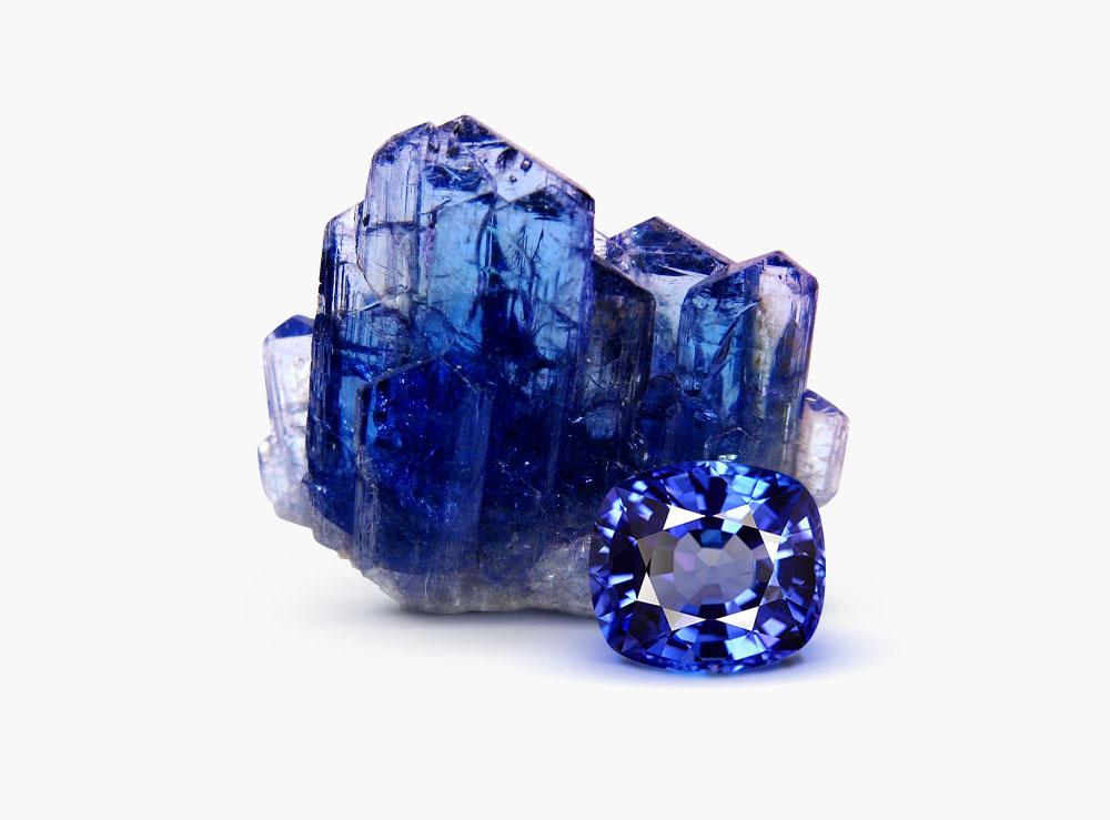Танзанит (46 фото): кому подходит полудрагоценный камень? Какими магическими свойствами он обладает? Какой цвет больше ценится?