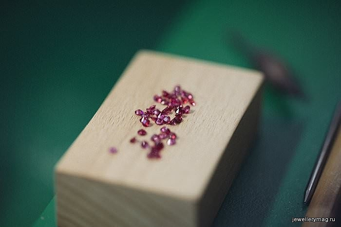 Chopard L'Oreal Paris Color Riche Making of rubies