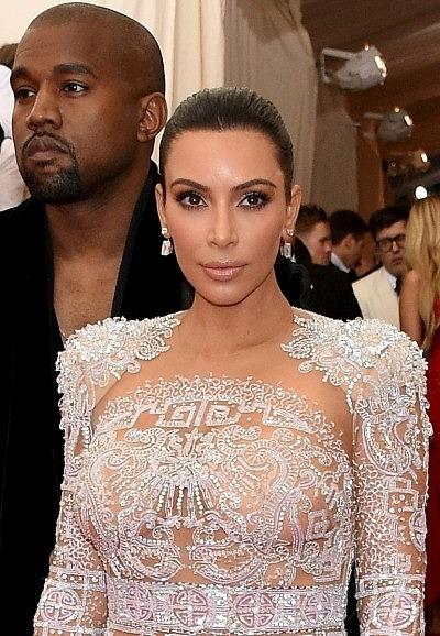 Ким Кардашьян в бриллиантовых украшениях Lorraine Schwartz