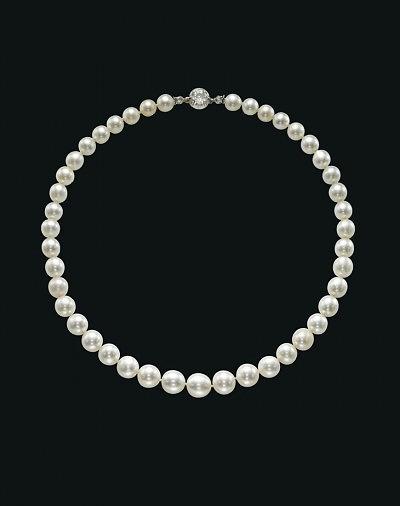 Жемчужное ожерелье XIX века было продано за 3,8 миллиона долларов