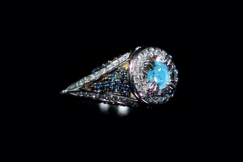 Бриллианты Night Glowing Diamonds от компании Disinger Kruger, способные светиться в темноте