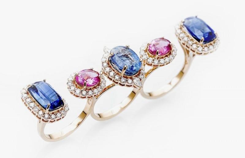 Кольцо на три пальца с кианитами, рубеллитами и бриллиантами из коллекции Le Jardin Exotique