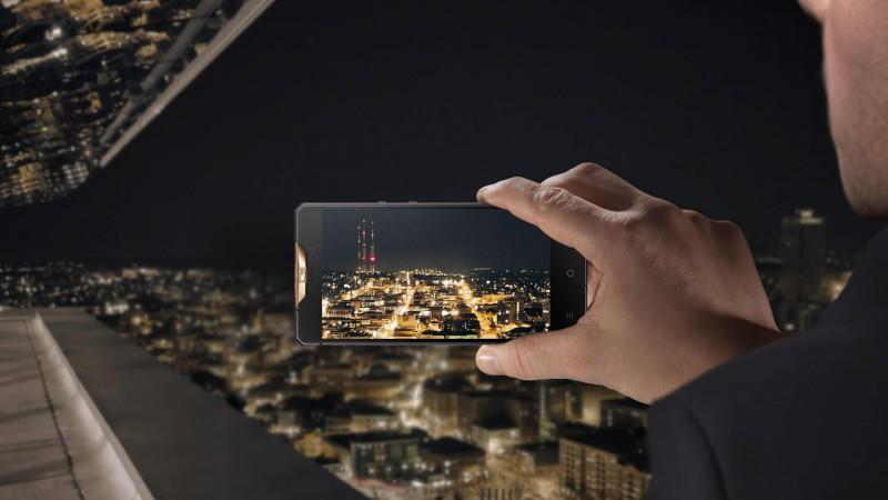 Gresso Regal Gold является обладателем камеры в 13 Мп, что позволит делать высококачественные снимки даже ночью