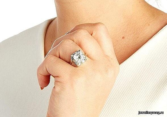 «Умные» кольца: одно для воспоминаний, другое — для верности
