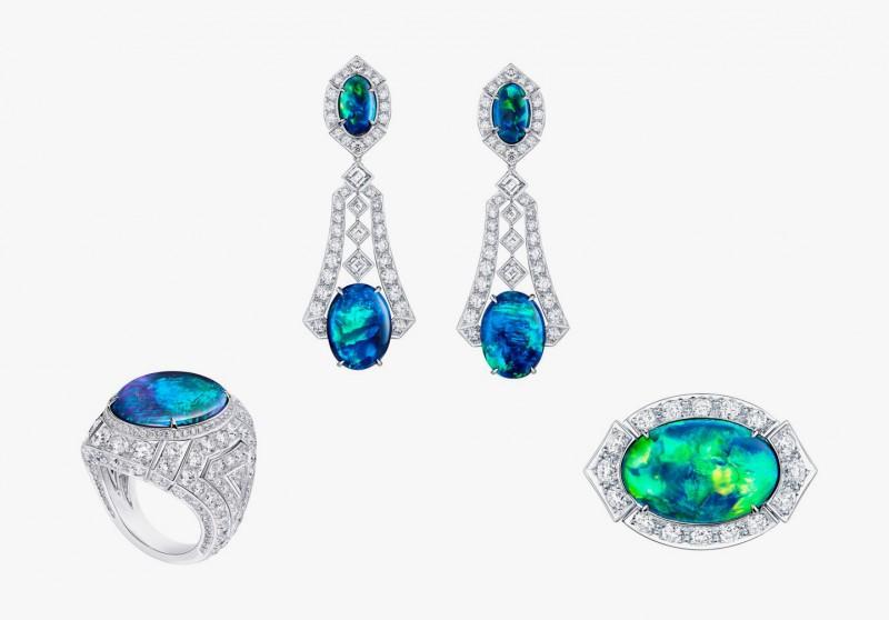 Украшения серии Capri из коллекции Acte V/The Escape от Louis Vuitton: серьги и два кольца с австралийскими опалами и бриллиантами.