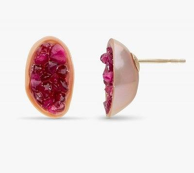 Серьги-пусеты с жемчугом суфле и рубиновой жеодой внутри от Little h