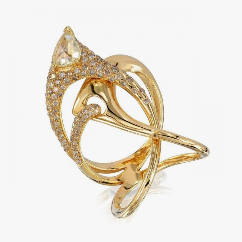 Золотое кольцо от Etho Maria
