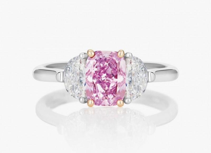Обручальное кольцо с розовым и бесцветными бриллиантами из коллекции 1888 Master Diamonds