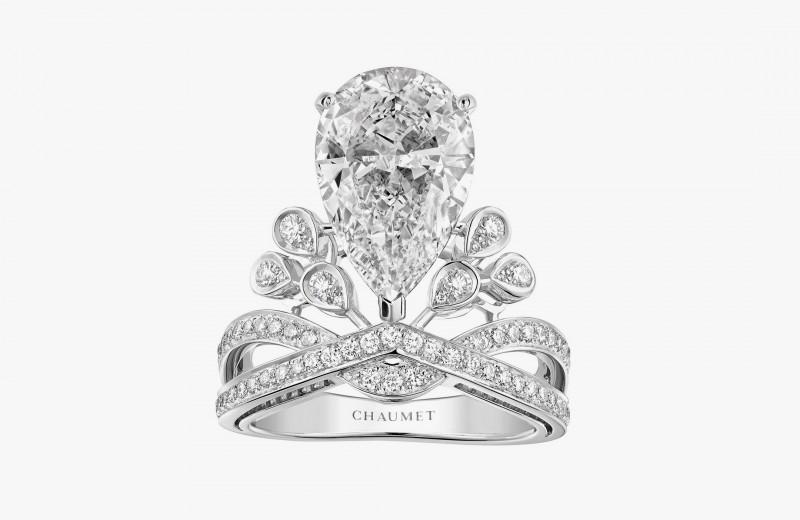 Кольцо Aigrette Impériale с бриллиантами классической и грушевидной огранки из коллекции Joséphine от Chaumet