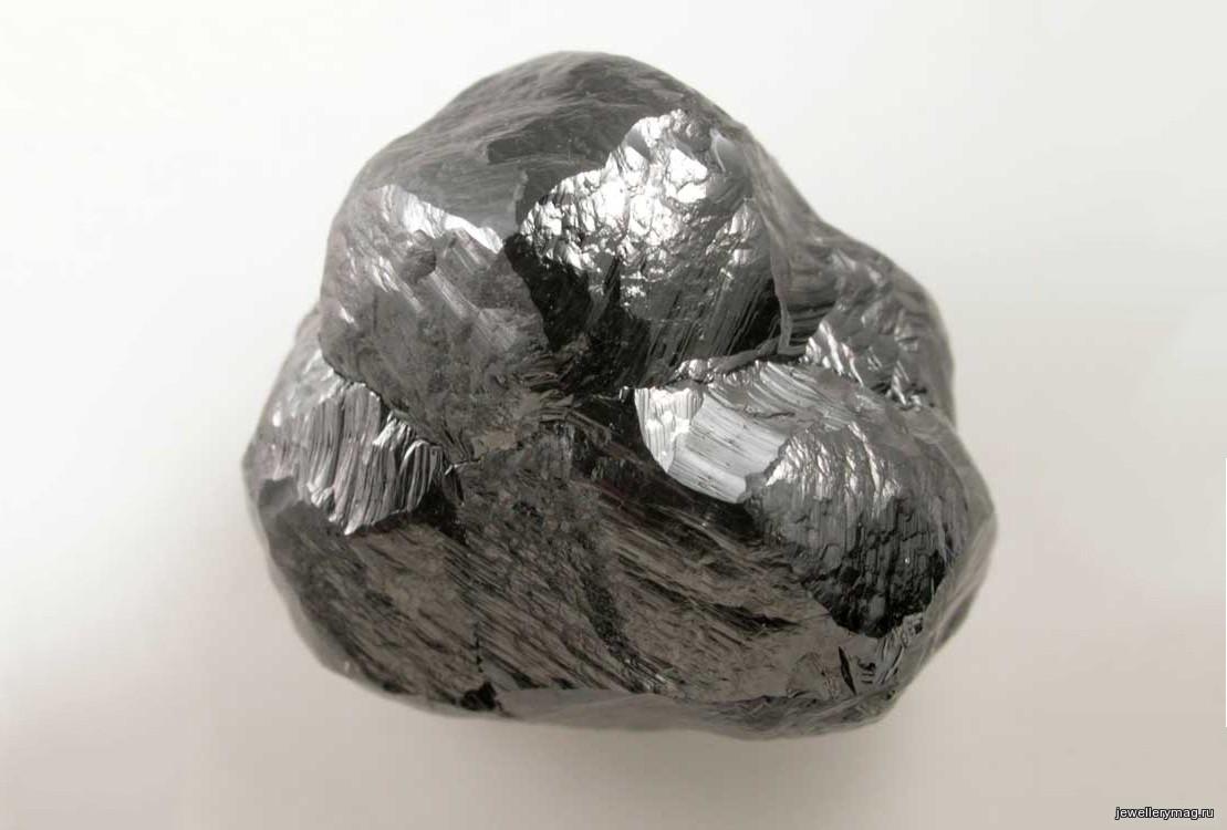 Цвет черный драгоценный камень